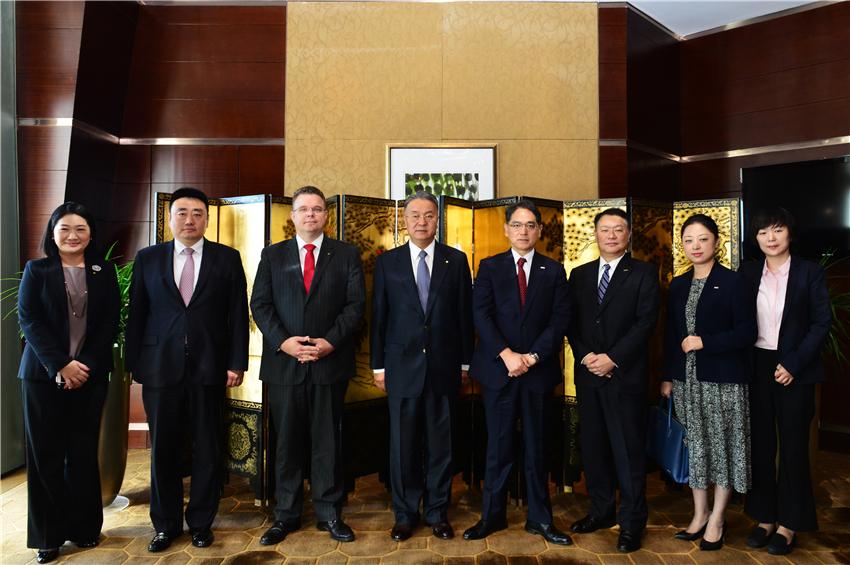 三井住友银行董事长登门向国贸中心和国贸大酒店致谢